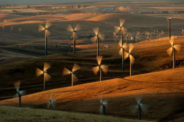 <p>In this May 12, 2013, file photo, wind turbines lining the Altamont Pass near Livermore, California, generate electricity. Oregon Democratic Sen. Jeff Merkley introduced legislation aimed at moving the United States off of fossil fuels by 2050.</p>