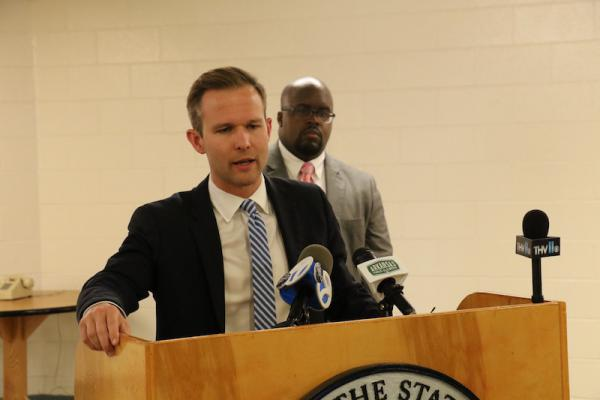A spokesman for the governor, J.R. Davis, and a spokesman for the Arkansas Department of Correction, Soloman Graves, update the media on the status of the execution.
