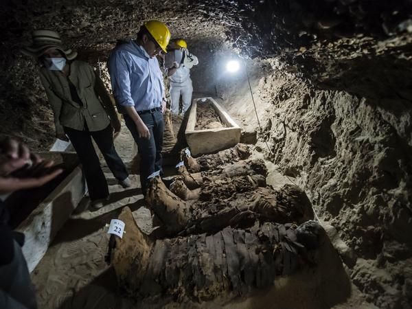 """2017 has been a historic year for archaeological discoveries,"" Egyptian Antiquities Minister Khaled al-Anani (center) said Saturday."