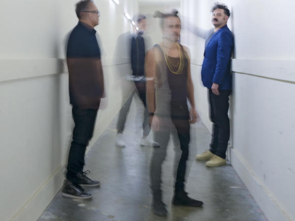 The iconic Mexican band Café Tacvba's new album is <em>Jei Beibi</em>.