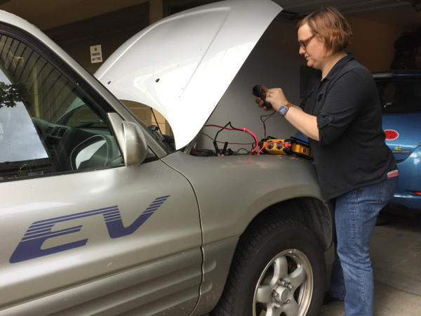 <p>Nikki Gordon-Bloomfield figured out how to use her electric cars as a backup power source for her home in case of emergencies.</p>