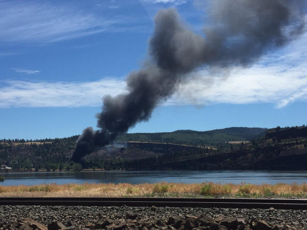 <p>A view of the fire from state Route 14 on the Washington side of the Columbia River.</p>