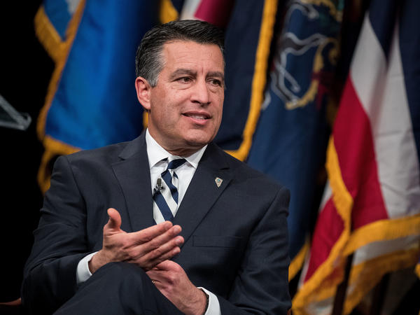 Nevada Gov. Brian Sandoval plans to sign a bill will let homeowners with solar panels sell excess electricity to their utility at retail rates, his office says.