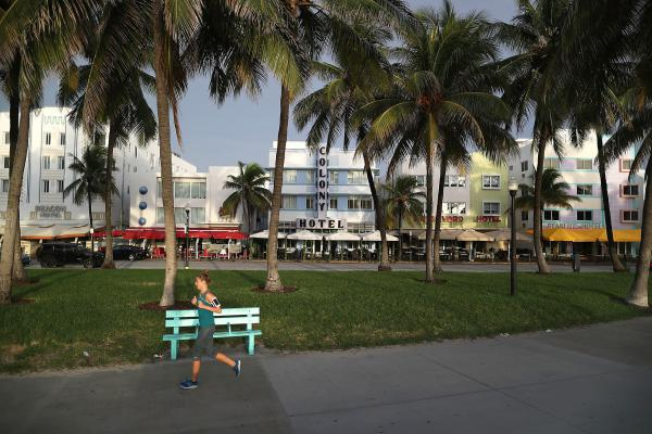 When the Centers for Disease Control and Prevention lifted its last Zika travel advisory for Miami-Dade County last week, residents and visitors to Miami's popular South Beach neighborhood were relieved. Still, doctors say, pregnant women should continue to take extra precautions.
