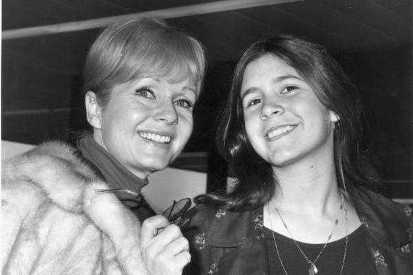 Carrie Fisher (right) with her mother and fellow actor, Debbie Reynolds, in February 1972.
