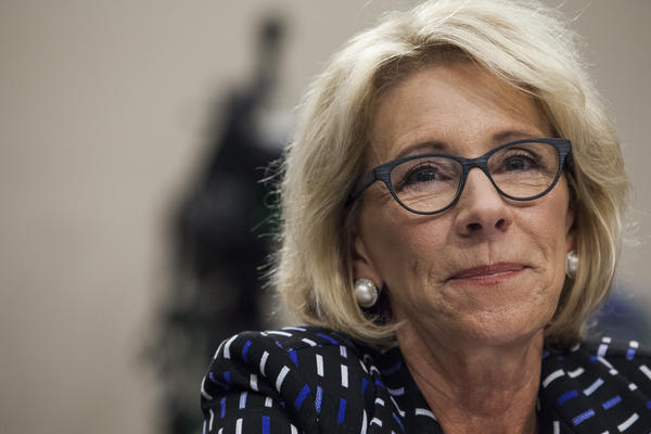 U.S. Secretary of Education Betsy DeVos appointed current student loan company CEO Wayne Johnson to head the federal student loan agency this week.