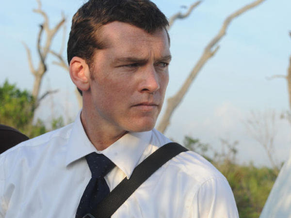 <p><strong>Swamped:</strong> Mike Souder (Sam Worthington) is a homicide detective on the trail of two murders — and on the rebound from a collapsed marriage.</p>