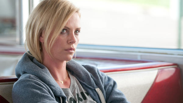 Charlize Theron plays Mavis Gary in <em>Young Adult.</em>