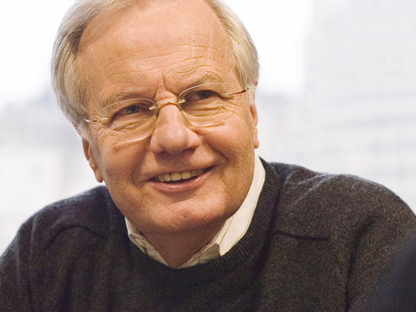 Bill Moyers began his career in journalism as a junior reporter at the <em>Marshall News Messenger</em> in Marshall, Texas.