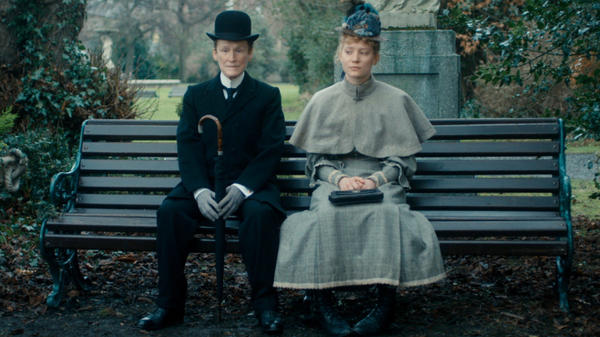 Albert Nobbs (Glenn Close) and Helen (Mia Wasikowska) go on a series of awkward dates in <em>Albert Nobbs</em>, a film based on a 1918 George Moore story.