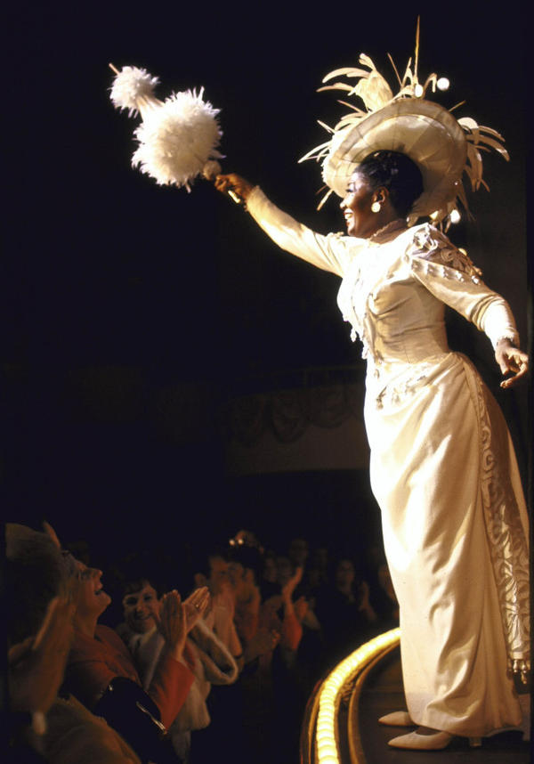 Actress Pearl Bailey during curtain call for the 1967 Broadway production of <em>Hello, Dolly!</em>