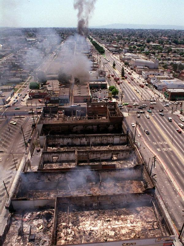 Smoke covers Los Angeles Thursday, April 30, 1992, as fires from the riots burn out of control.