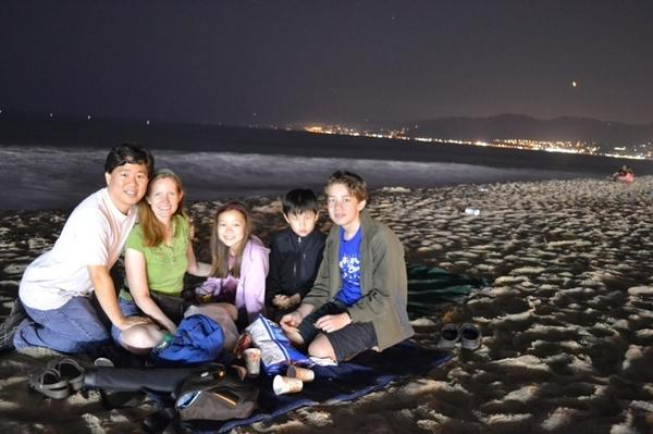 David Oh, wife Bryn and his children Braden, 13, Ashlyn, 10, and Devyn, 8, picnic in Santa Monica beach at about 1 a.m.