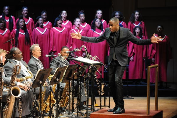 Damien Sneed assembled his 70-member Chorale Le Chateau to perform Wynton Marsalis <em>Abyssinian Mass</em> with the Jazz at Lincoln Center Orchestra.