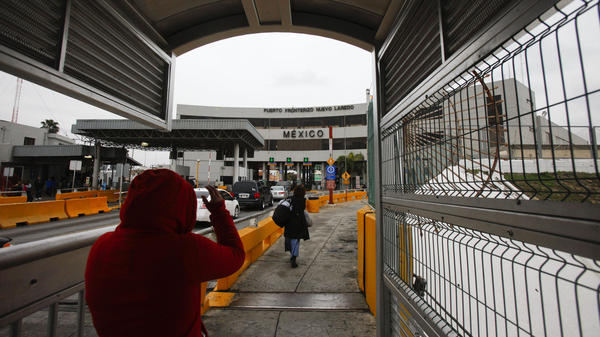 A border-crossing checkpoint in Laredo, Texas. Border officials attempt to keep drugs from coming into the U.S., but they are also looking for huge sums leaving the country. More than $400 million was confiscated in 2012.