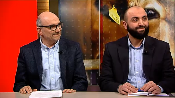Finn Schwarz, president of the Jewish Congregation in Copenhagen, and Benyones Essabar of Danish Halal discuss the new slaughter rule on Danish TV.
