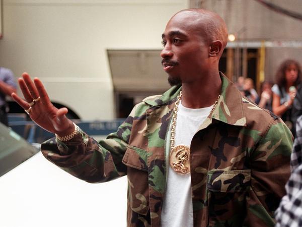 Rapper Tupac Shakur arrives at New York's Radio City Music Hall on Sept. 4, 1996.