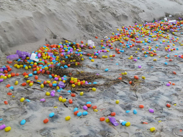 Thousands of plastic eggs have washed up on the beach on the German island of Langeoog.