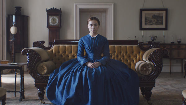 Katharine (Florence Pugh) is mesmerizing as she seethes in <em>Lady Macbeth.</em>
