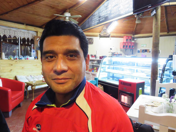 Paulo Gutierrez quit a lucrative technology job to set up a cafe and bakery near the Laguna de Aculeo.