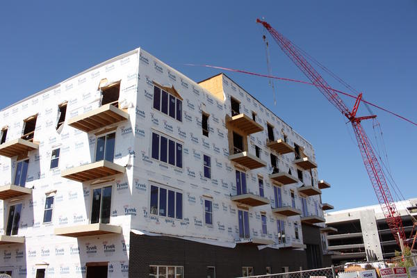 The building boom in Tennessee is one reason the state's unemployment rate has plunged.