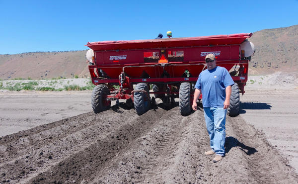 <p>Farmer Ryan Hartman grows organic and conventional potatoes on the Tule Lake refuge.</p>
