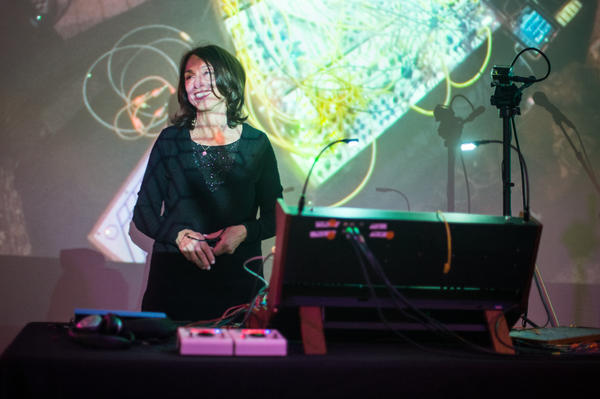 Suzanne Ciani at Cheer Up Charlies.