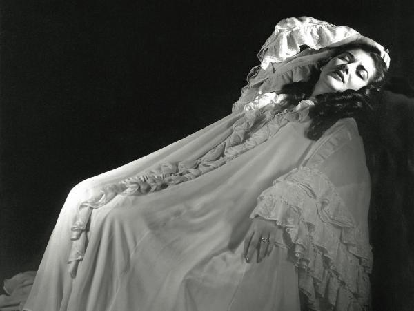 Maria Callas as Violetta in Verdi's <em>La Traviata</em>, taken in Mexico City in July 1951.