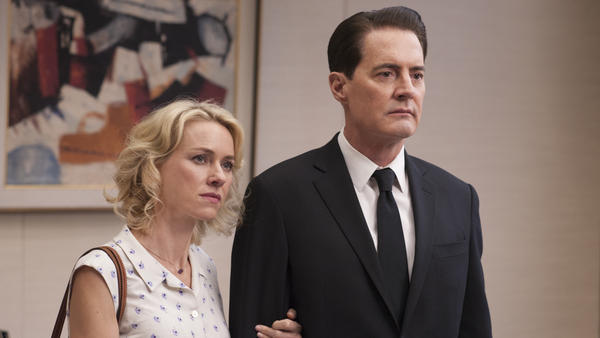 Janey-E Jones (Naomi Watts) and Dale Cooper (Kyle MacLachlan) <em>Twin Peaks</em>.