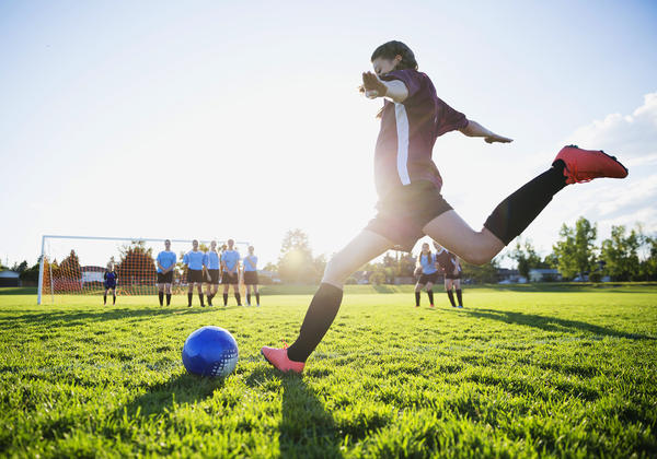 A growing number of pediatric sports medicine groups warn that when a child focuses on a single sport before age 15 or 16, they increase their risk of injury and burnout — and don't boost their overall success in that sport.