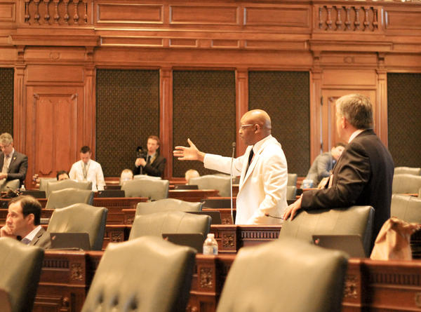 Representative Will Davis, a Democrat, addresses the floor during the first day of special session.