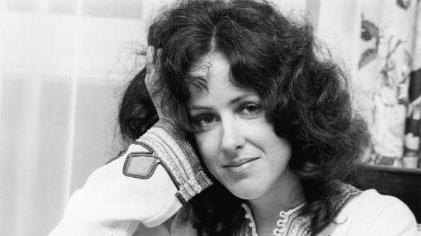 Grace Slick's stop-you-dead-in-your-tracks voice helped make Jefferson Airplane's <em>Surrealistic Pillow</em> so iconic.
