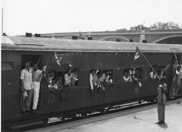 One of 30 special trains leaving New Delhi Station takes the staff of the Pakistan government to Karachi. Six hundred Delhi Muslims were relocated to Pakistan following the partition of India and Pakistan in 1947. (Keystone Features/Getty Images)