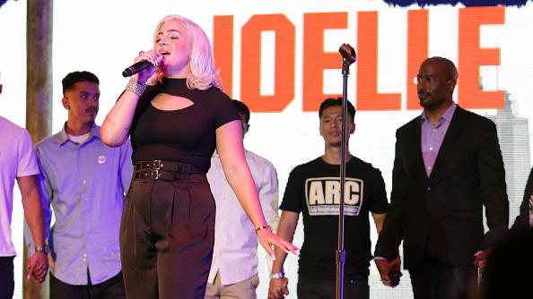 Roc Nation singer Joelle James performs at Van Jones WE RISE tour.