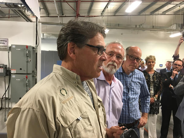 U.S. Secretary of Energy Rick Perry  tours the HAMMER training facility in Richland, Washington.