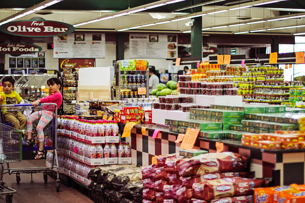 Super Greenland, one of the premier Middle Eastern supermarkets in Dearborn, Mich., features freshly made traditional foods, produce and a world-class olive bar.
