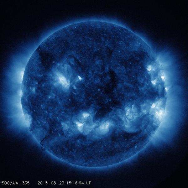 This channel highlights the active region of the outer atmosphere of the sun. Active regions, solar flares, and coronal mass ejections will appear bright here. The dark areas, or coronal holes, are places where very little radiation is emitted; they are also the main source of solar wind particles.