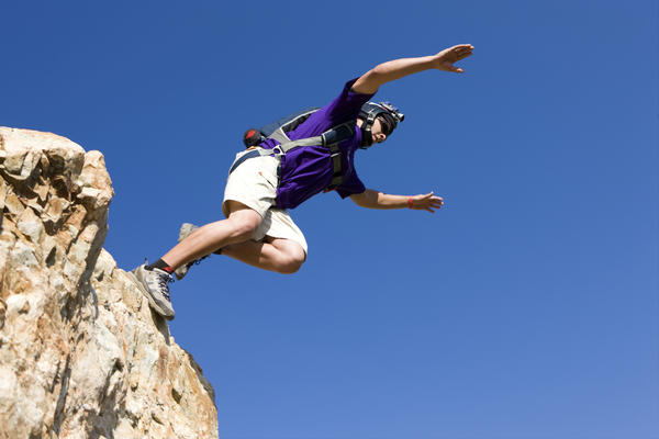 "<a href=""http://en.wikipedia.org/wiki/BASE_jumping"">BASE jumping</a>: Could there be any other explanation for this than free will?"