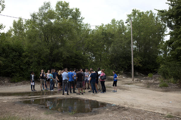The students visit the former site of Pruitt Igoe, a public housing complex demolished in the early '70s.