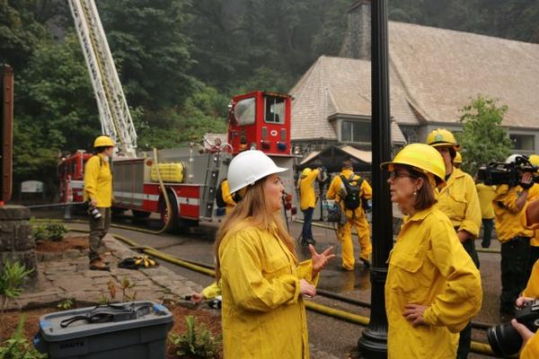 <p>Gov. Brown disagreed with the suggestion that firefighters were slow to react to the fast-growing blaze in the Gorge.</p>