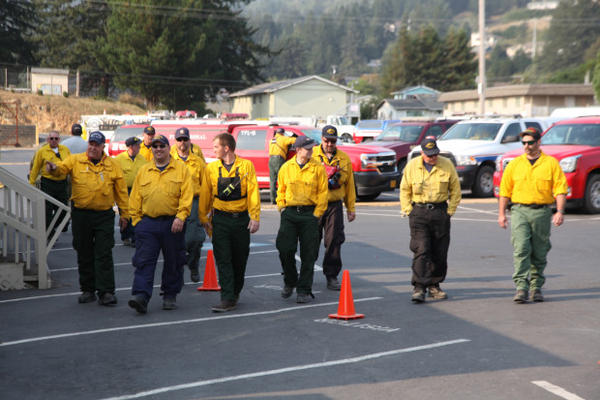 <p>Fire fighters in Brookings are ready to eat after a long day on the fire lines.</p>