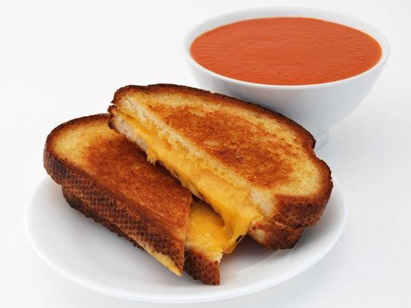 The Melt, a new restaurant chain, will serve grilled cheese and soup starting in August.