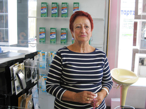 In Volos, optician Klita Dimitriadis accepts partial payment in Local Alternative Units, or TEMs. She then spends the TEMs at a monthly farmers market, or exchanges them for other services.