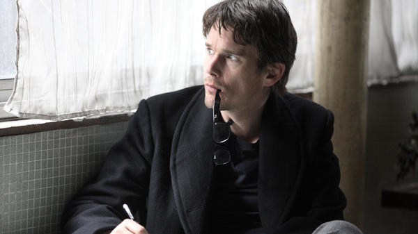 In <em>The Woman in the Fifth</em>, novelist Tom Ricks (Ethan Hawke), already suffering from writer's block, falls into increasing states of paranoia as he wanders the streets of Paris.