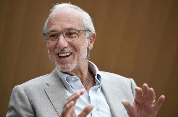 Italian architect Renzo Piano talks to journalists in Paris in 2014.
