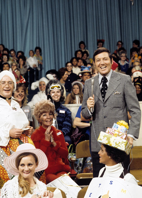 Monty Hall, in a 1969 photo, hosts <em>Let's Make A Deal</em>.