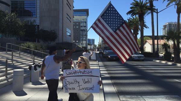 Protesters supporting Nevada rancher Cliven Bundy outside the federal courthouse in Las Vegas.
