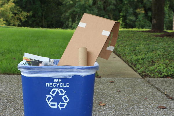 Ever wonder what happens when you recycle your milk jugs, paper, and soda cans? And whether you're recycling the right plastics? (Emily Siner/Nashville Public Radio)