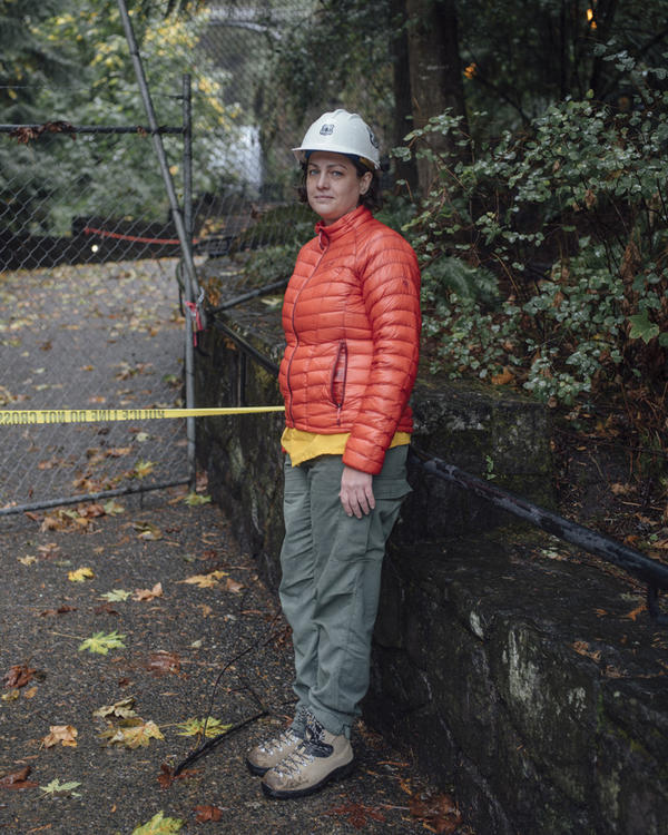 The U.S. Forest Service's Rachel Pawlitz says Multnomah Falls and the old highway that leads up to it are highly dangerous.