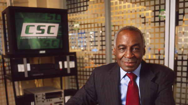 Robert Guillaume played Isaac Jaffe on ABC's <em>Sports Night</em> — Aaron Sorkin's first TV show — from 1998 to 2000. Guillaume died Tuesday at the age of 89.